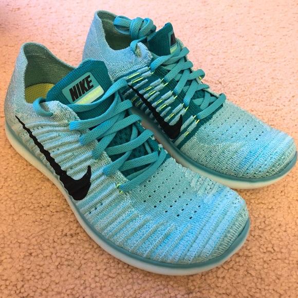 daf29324e64e Women s Nike Free RN Flyknit 2017 Running Shoes! M 5b55079d0cb5aa071672f3d2